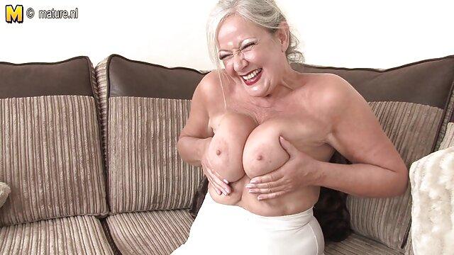 Le nègre baise la porno hd net sexy ébène Porsha Carrera dans la chatte foutue