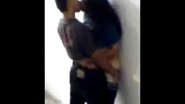 Pikaper baise une brune porno gratuit film en bas