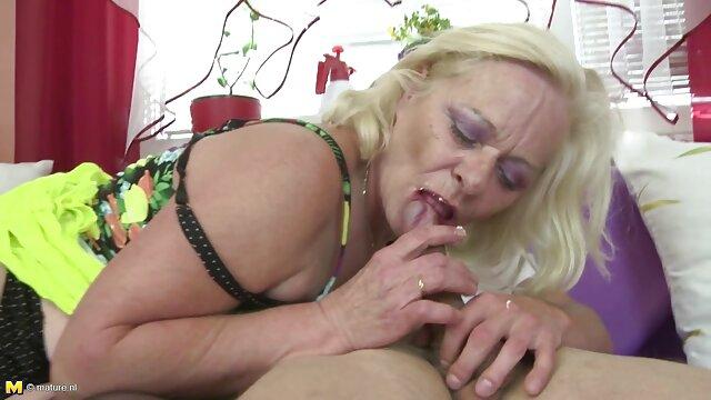 Sexy belle ophelie bau porno brune baise avec un homme noir gonflé dans le sexe anal